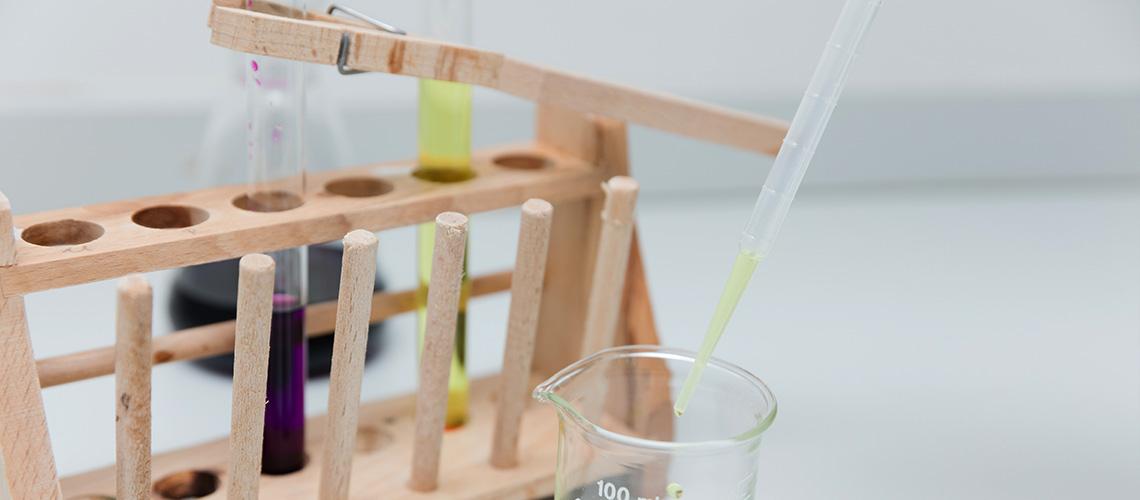"""Das """"klassische"""" Bestimmungsverfahren der Analytischen Chemie"""